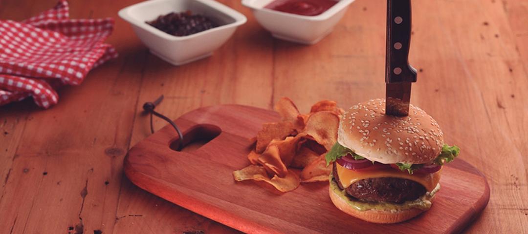 Como preparar um hambúrguer caseiro