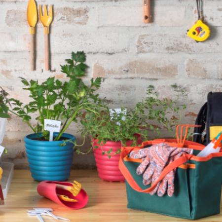 ¿Quieres tener hierbas y alimentos siempre frescos en tu mesa? Entonces crea tu propia huerta.