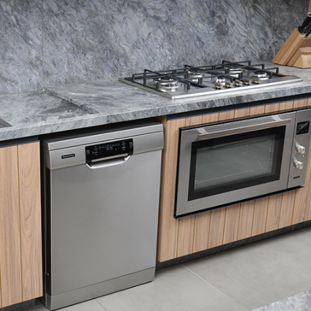 Large electric wall oven: discover the benefits for your kitchen